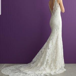 Allure Romance Wedding Dress Size 10 Unaltered